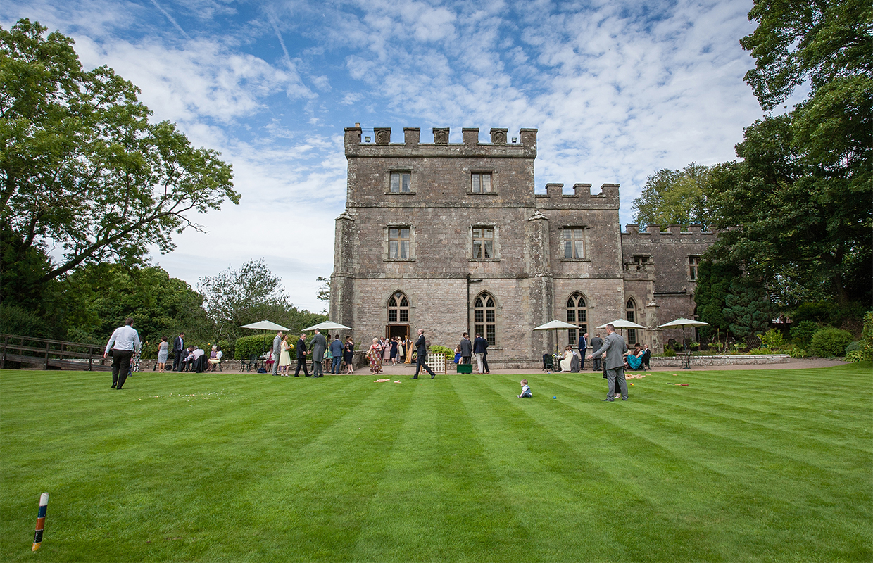 clearwell-castle-wedding-photographer